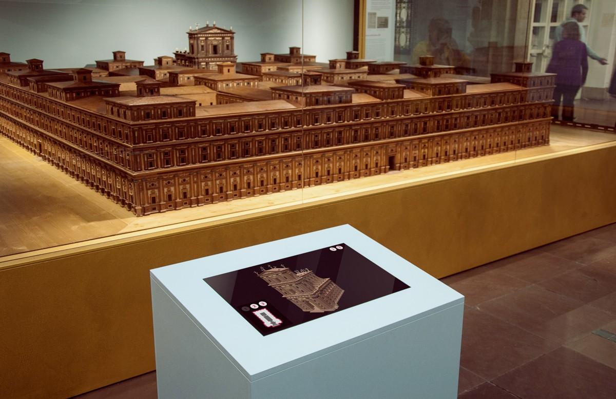 Interaktive Touch-Screen-Installation zur Austellung Salomonischer Tempel im Hamburg Museum